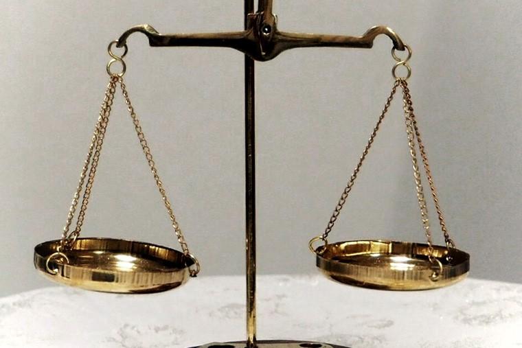 自己破産における管財事件と同時廃止の違いとは?